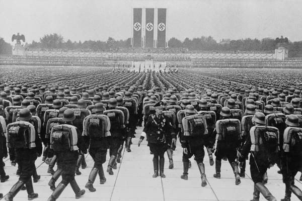 Nuremberg Rally, Nazis Marching